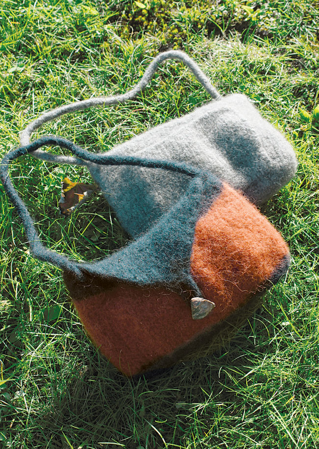 Shoulder Purse Felted Knitting - Geo or Deco Rug Wools