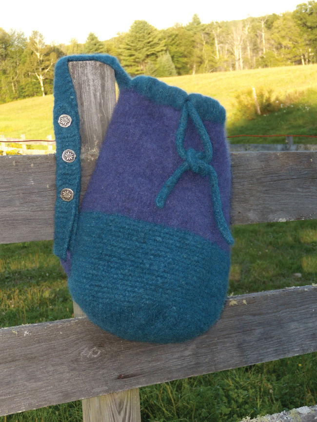 Penobscot Bay Felted Bag - Geo Rug Wool