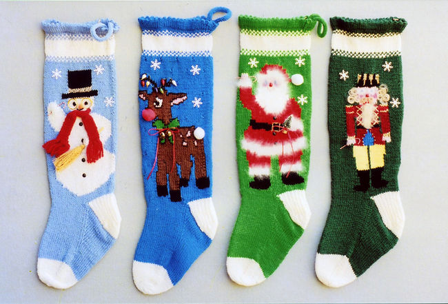 Knitted Christmas Stockings 1013