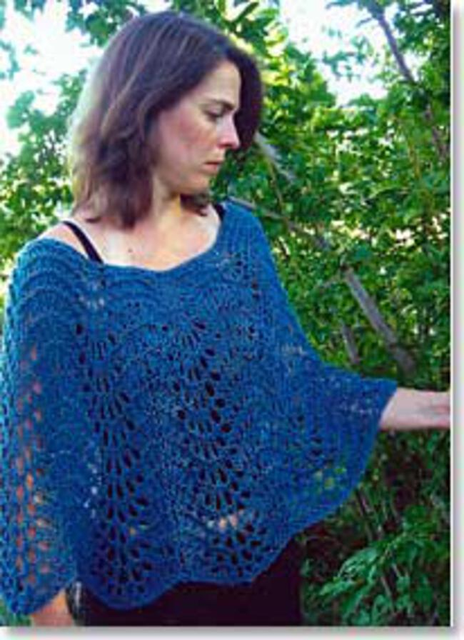 Knitting Pattern For Lace Poncho : Easy Lace Poncho by Knitting Pure and Simple, Knitting Pattern - Halcyon Yarn