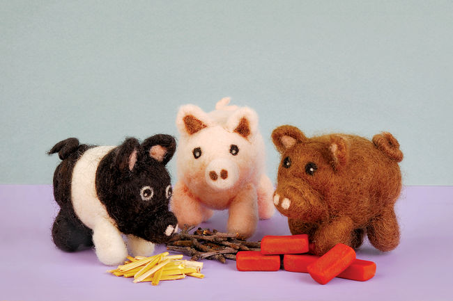 Pig Needle Felting Kit