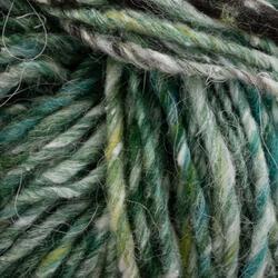 Medium 50% Wool, 25% Silk, 25% Alpaca Yarn:  color 0047