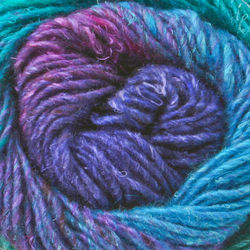 Yarn 09300100  color 0010