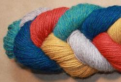 Yarn 19101100  color: 0110