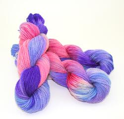 Fine 100% Wool Yarn:  color 0002