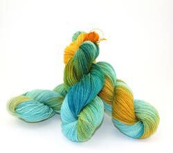 Fine 100% Wool Yarn:  color 0003