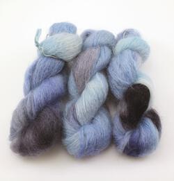 Medium 74% Mohair, 16% Wool, 10% Nylon Yarn:  color 0004