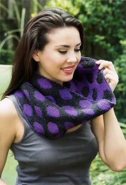 CLEARANCE Double Knit Polka Dot Cowl