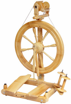Kromski Sonata Double-Treadle Spinning Wheel, Clear