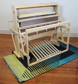 Harrisville 36quot 8Shaft 10Treadle Loom  Assembled