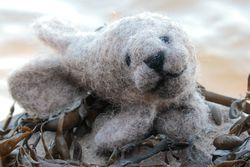 Harbor Seal Single Creature Needle Felting Kit  Romney Ridge