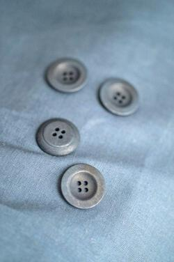Corozo Navy Button