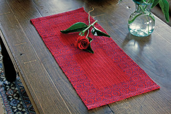 Weaving patterns Ruby Overshot Runner - Cottolin