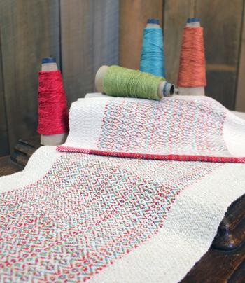 Weaving patterns Homeward Bound - Table Runner and Placemat Set