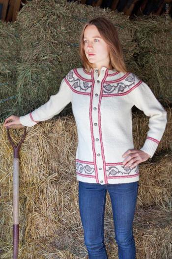 Knitting patterns Twist Collective Printed Pattern Thornia Cardigan in Victorian 2 ply