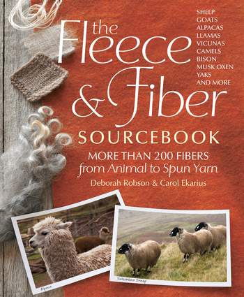 Spinning books The Fleece and Fiber Sourcebook: More Than 200 Fibers, from Animal to Spun Yarn