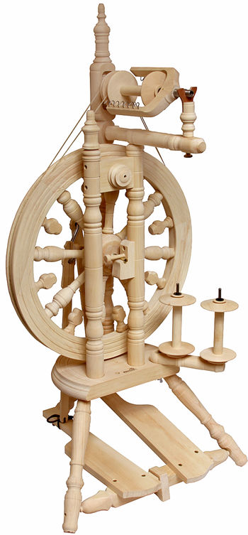 Spinning equipment Kromski Minstrel Spinning Wheel, Unfinished