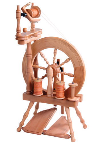 Spinning equipment Ashford Traveller Spinning Wheel, Double-Drive, Double-Treadle, Clear Lacquer
