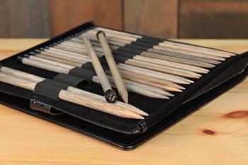 "Knitting equipment Lykke 10"" Straight Knitting Needle Set - Black Faux Leather Case"