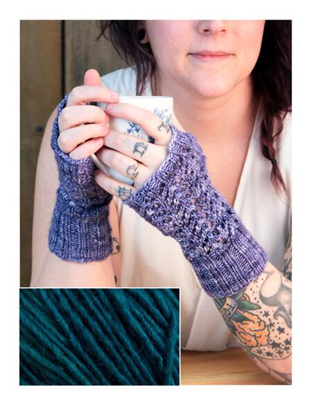 Knitting kits Cupid's Victim Mitts Kit - Teal Feather