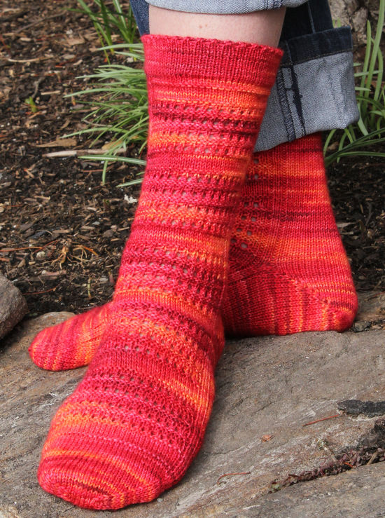 Knitting Patterns Strings of Rubies Socks - Fingering Weight