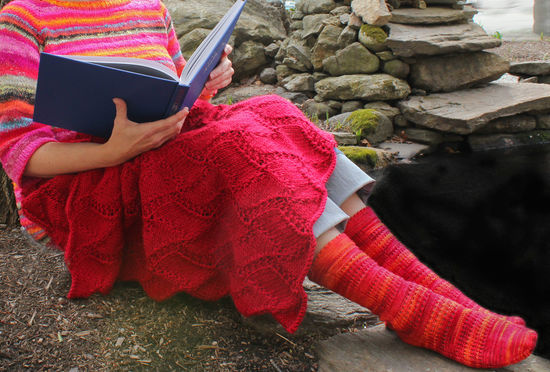 Knitting Patterns Peruby Waves Throw - Bulky Weight