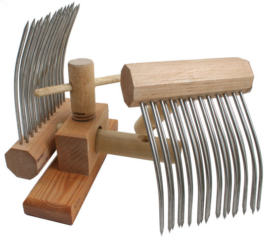Spinning Equipment Indigo Hound Viking Combs, Double-Row