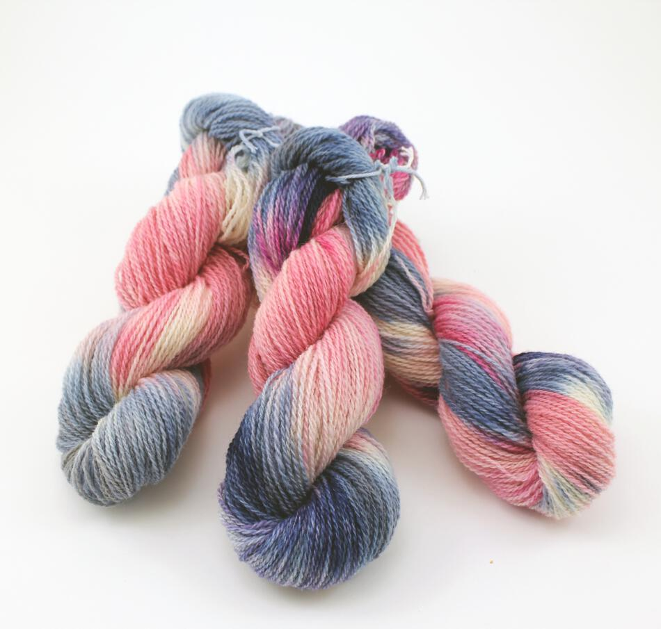 Fine 100% Wool Yarn:  color 0001