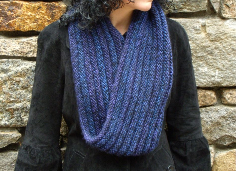 Knitting Patterns Rippling Ringlet Infinity Cowl