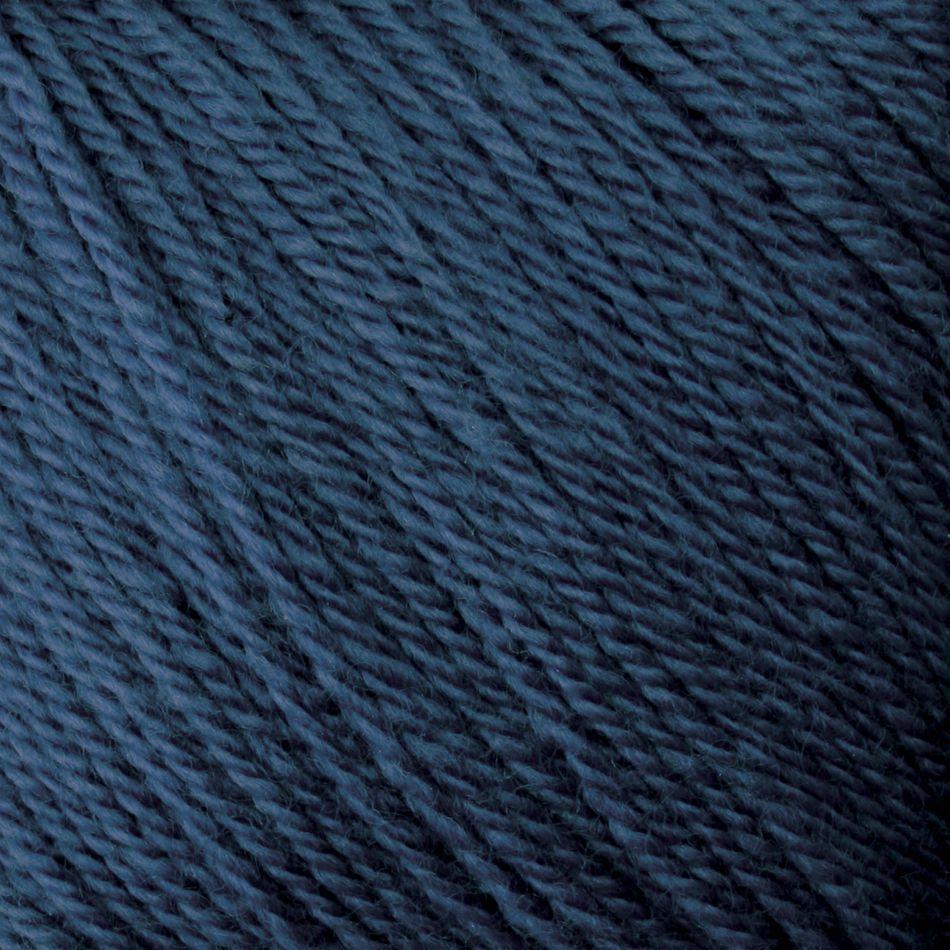 Fingering Most colors 100% Certified Organic Merino Wool: Colors 0210 (seasmoke) and 0100 (oatmeal) are 85% Certified Organic Merino and 15% Alpaca Yarn:  color 0070
