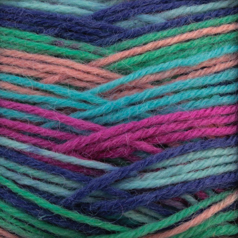 Super Fine 75% Superwash Wool, 25% Nylon Yarn:  color 0401