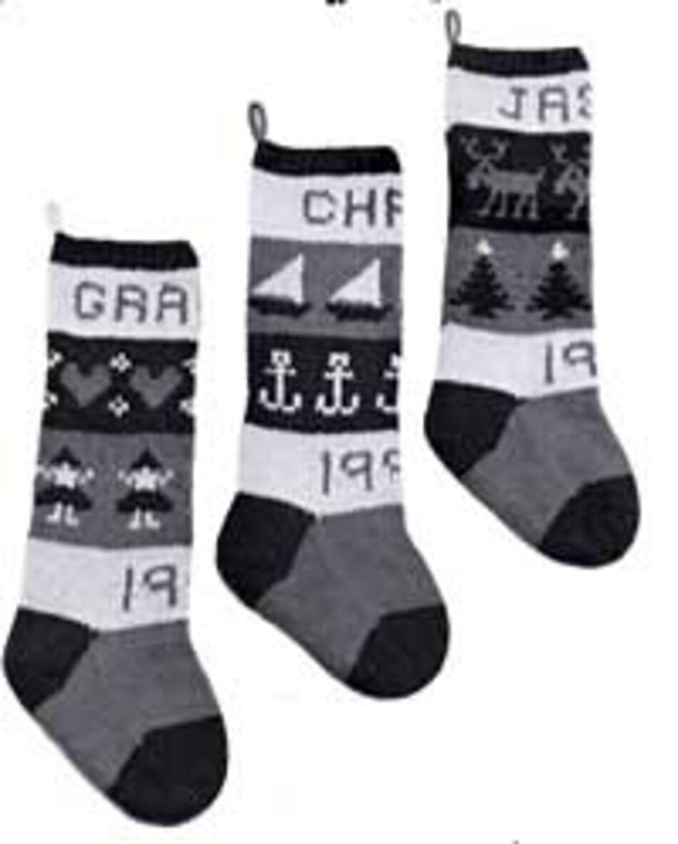 Classic Christmas Stocking Knitting Pattern : Classic Christmas Stockings - Yankee Knitter, Knitting Pattern - Halcyon Yarn