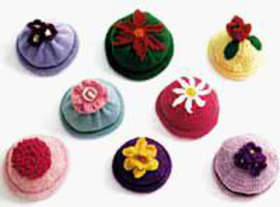 Knitting Patterns Kidaposs Flower Caps