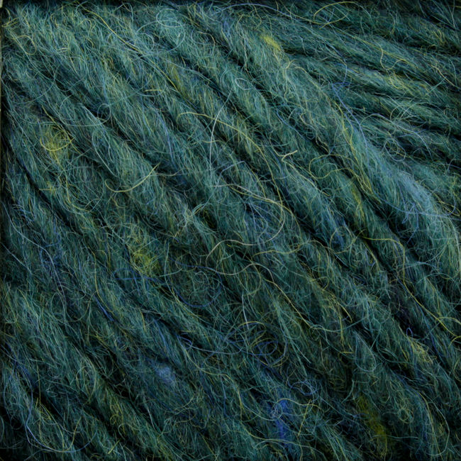 Yarn 01996700  color 9670