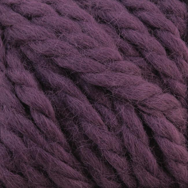 Yarn 04649670  color 4967