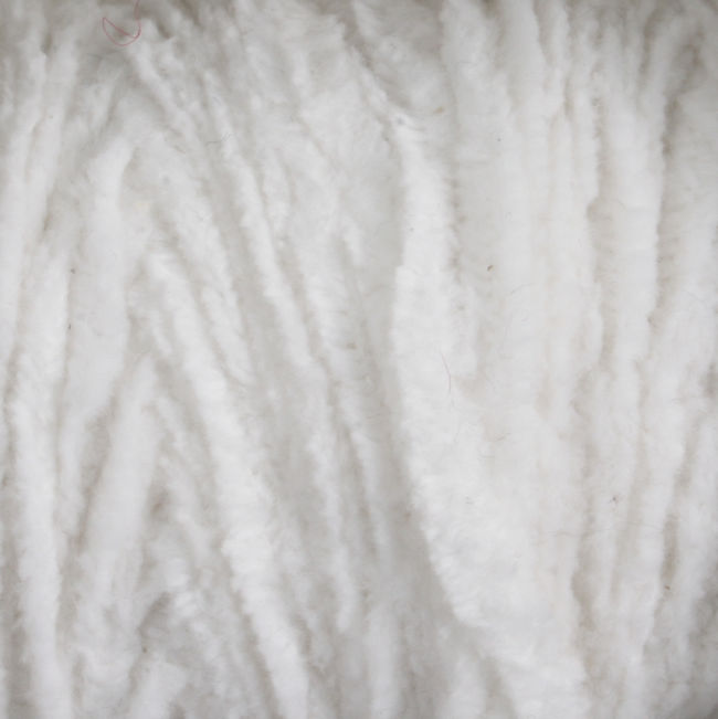 Yarn 0961010L  color 1010