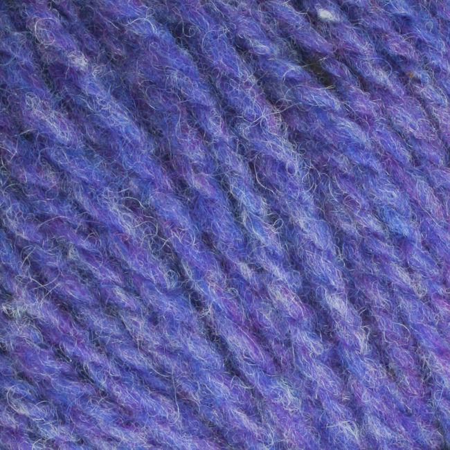 Yarn 12022000  color 2200