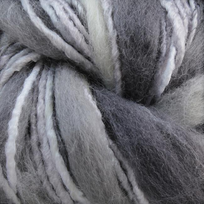 Yarn 22702150  color 0215