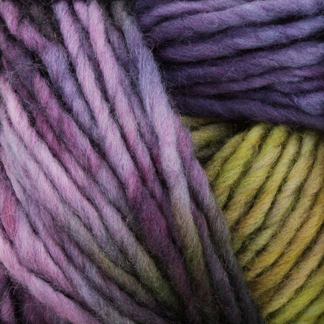 Yarn 24504900  color 0490