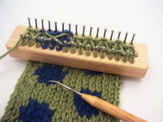 Knitting Patterns For Knitting Board : Tadpole Knitting Board, Knitting Equipment - Halcyon Yarn