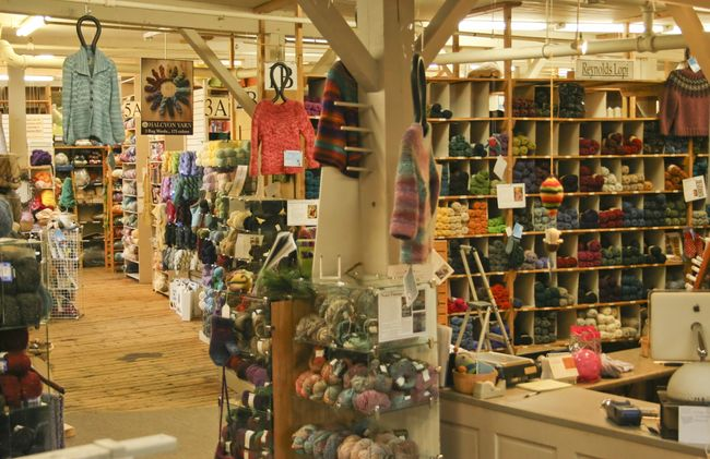picture of the Halcyon Yarn retail store in Bath, Maine