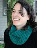 Cashmere Cowl with a Twist (image A)