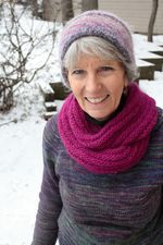 Rippling Ringlet Infinity Cowl - Pattern download (image B)