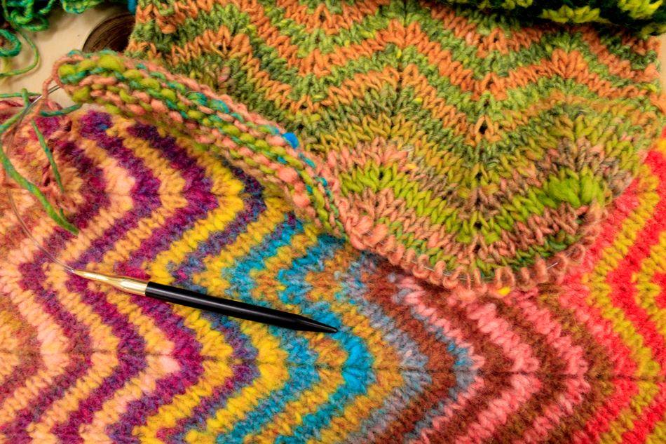 Knitting Pattern For Noro Wool : Vogue Book, Noro Yarn, Gwynn Halcyon Yarn Blog ... Halcyon Yarn