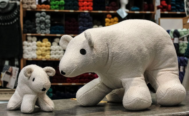 handwoven-polar-bears-5