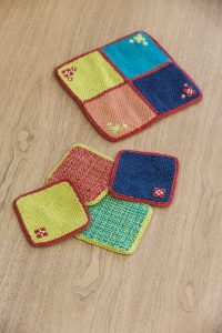 easy-weaving-with-little-loms-1