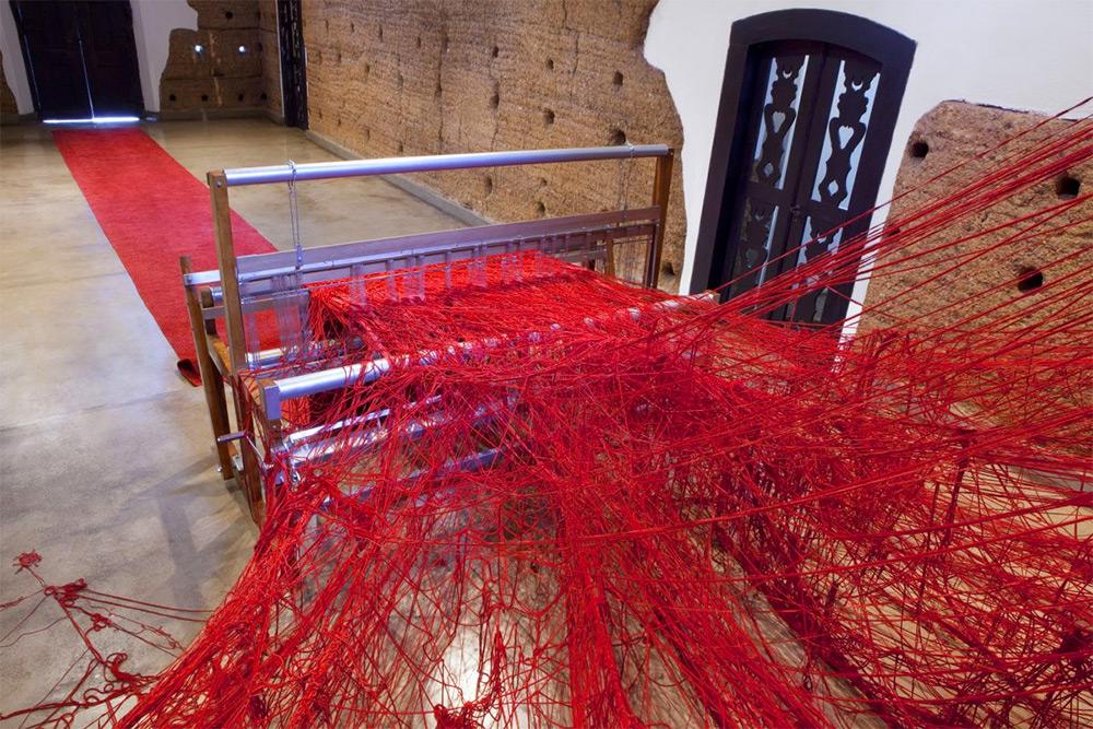 tatina-blass-penelope-weaving-art-installation-loom